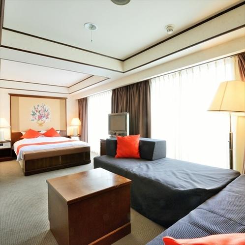 第一グランドホテル最上階のスイートルームです。ご家族、ご友人達、グループでの宿泊に最適