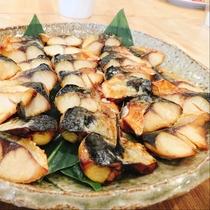 鯖の塩焼き:和食派の方には、鯖の塩焼きを。小さくカットしてあり食べやすい大きさです。
