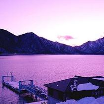 *中禅寺湖夕暮れ