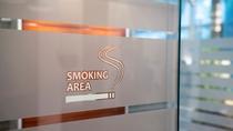 1階喫煙ブース