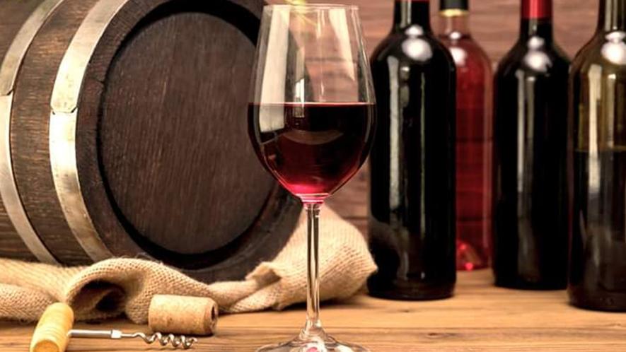 *地元山梨で造られた「山梨ワイン」を多数取り揃えております。