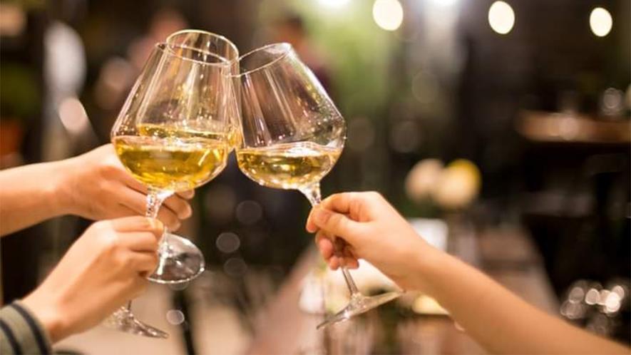 *お料理に合う「山梨ワイン」を多数取り揃えております。