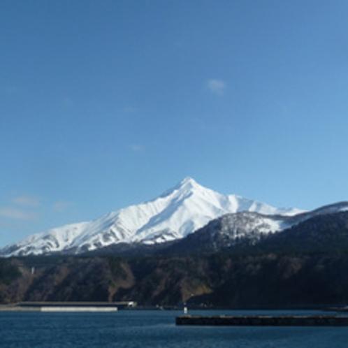 冬の利尻富士