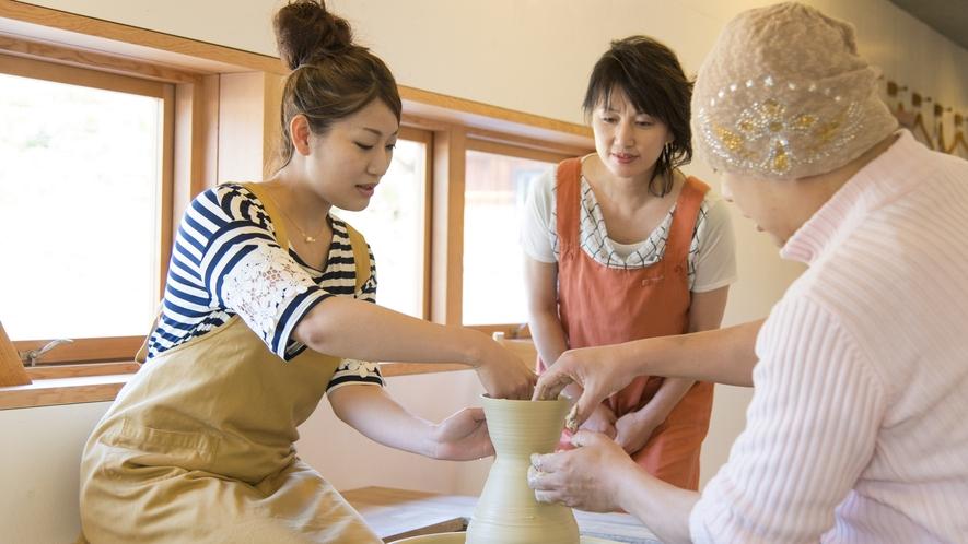 シルクロ陶芸体験工房で世界に一つの器を作ってみませんか?