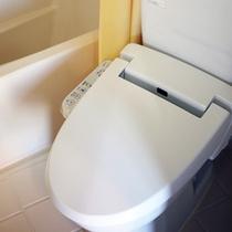 *ロッジ内/バス・トイレ完備しております。