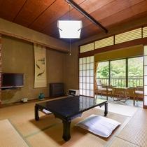 *和室/旅をたくさん楽しんだ後は和室でゆっくりお休みください。