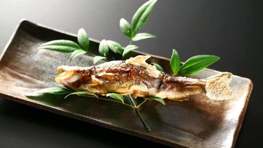 【夕食】「選べる焼き物」岩魚の塩焼き