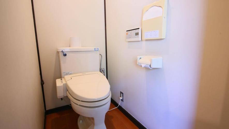 【和室10畳+広縁】一例 トイレ