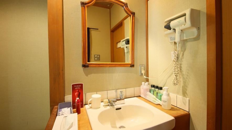 【和室8畳+広縁】温泉内風呂付 洗面