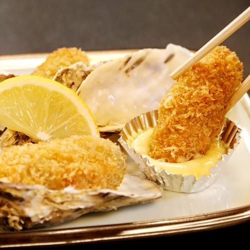 牡蠣フライにレモン汁・タルタルソースをかけて召し上がれ!