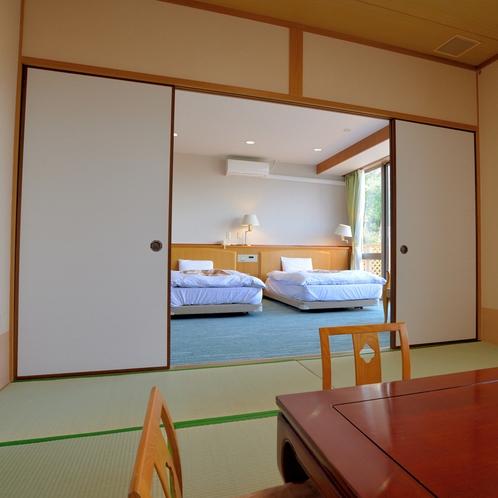 〔和洋室〕寛ぎの和室スペースとお休みのベッドスペースをご用意。ゆっくりとお過ごしいただけます。