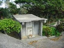 沖縄式のお墓