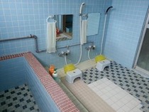 男性用お風呂2名側