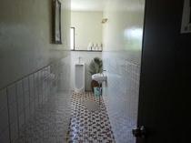 男性用お手洗いの入口