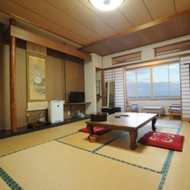 ◆和室10畳(バストイレ付)