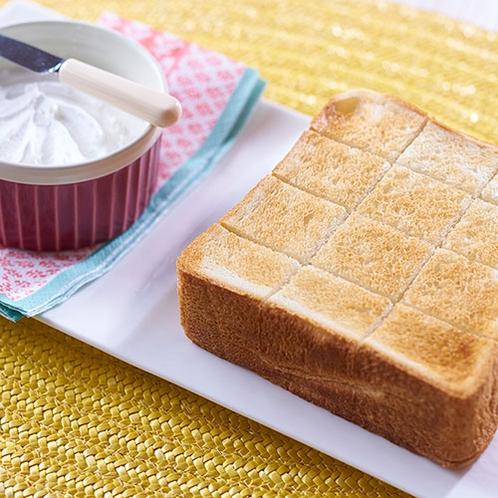 ホイップバタートースト