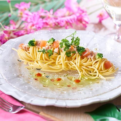 6/1~7/21 夏の料理フェア トマトとツナの冷製カッペリーニ