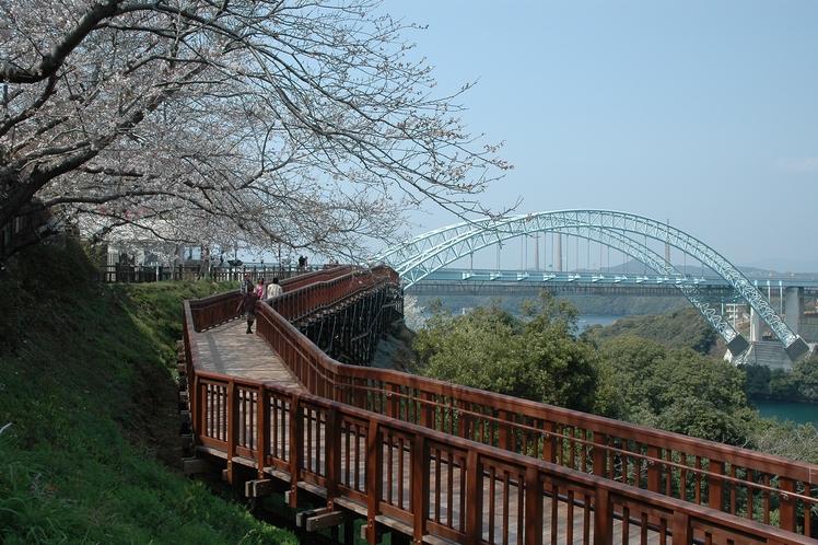 新西海橋への遊歩道