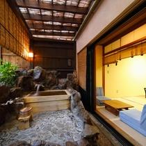 檜の露天風呂付き客室 風呂から部屋