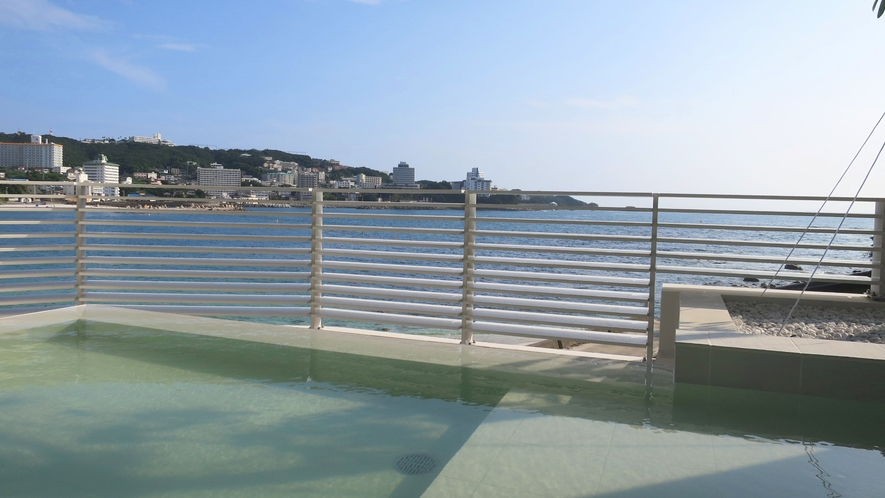 【潮風】爽快な海と白い砂浜の景色が楽しめる露天