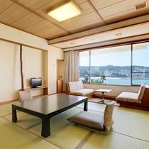 【和室10畳】オーシャンビューで踏込含めて35平米の広く感じていただけるお部屋です(定員4名)