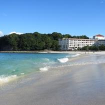 【外観】早朝は海の色が一段と青く散策がおすすめです★