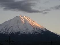 夕陽の富士山