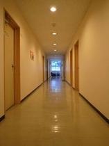 館内(廊下)