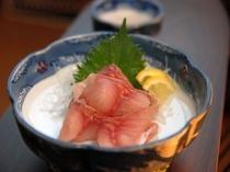 ご夕食一例「鯉の洗い」