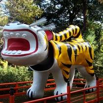 【観光】朝護孫寺 虎の張り子 阪神タイガースゆかりの神社
