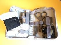 ソーイングセット・ズボンの裾上げテープもご用意しております。