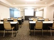 会議室 スクール形式 A面 B面使用
