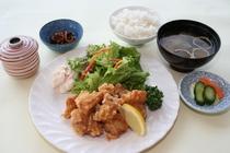 鶏の唐揚定食 1,300円
