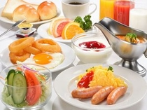 朝食バイキング 900円