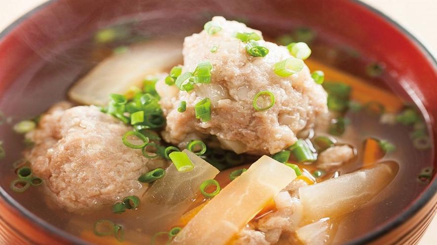 ■朝食 好評メニュー★比内地鶏スープで頂く鶏つみれ汁