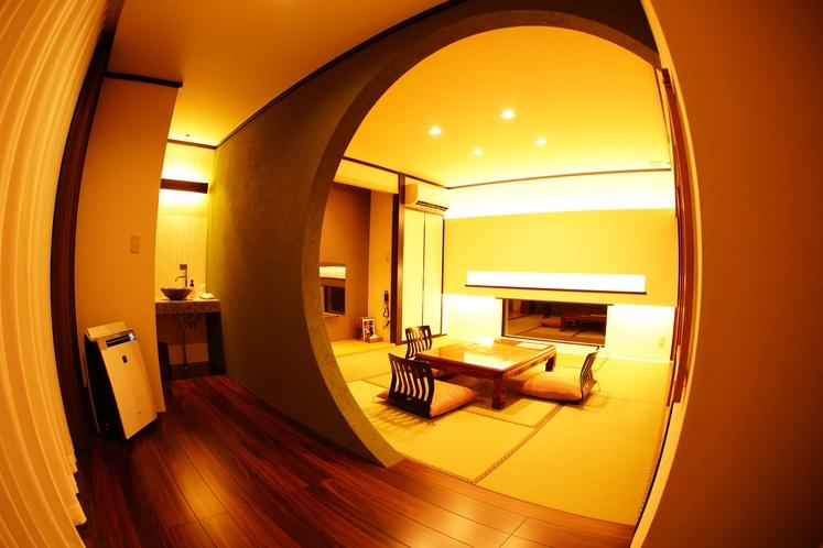 メゾネットのお部屋「藤」の一階