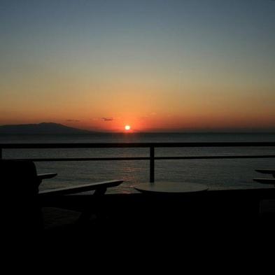 【事前決算】【☆年末年始は2連泊★】♪伊豆大島の日の出と温泉お正月【部屋食】【ファミリー】