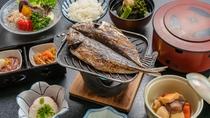 朝食イメージ 焼き魚メイン お部屋食