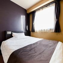 *<シングルA>ダブルベッド完備♪一人旅にオススメ!清潔にしつらえたベッドで心地よいご滞在を。