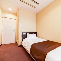 *<シングルB>一人旅にオススメ!清潔にしつらえたベッドで心地よいご滞在を。