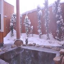 離れ露天風呂(冬)