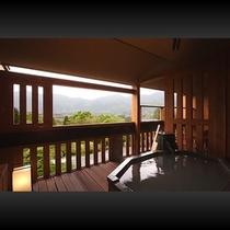 ■ 本館露天風呂付客室(露天風呂)