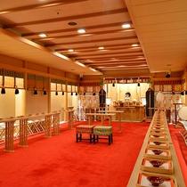 ★浜松八幡宮から分霊されたご神体を祀る本格神殿