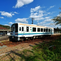 ☆天浜線_ 気賀駅と列車