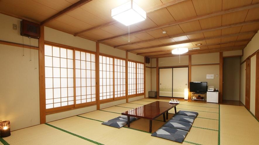 ■【客室】22畳の広間はグループ旅行や合宿におすすめ!