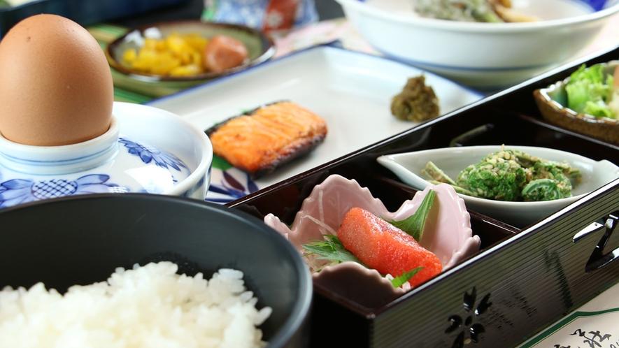 ■【お料理一例~ご朝食~】野菜を中心に品数豊富にご用意しております♪