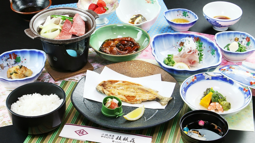 ■【お料理一例~ご夕食~】川の幸、山の幸を中心に手づくりでご用意しております