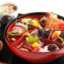 名古屋名物を堪能できる人気の開花椀夕食!