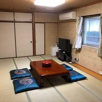 和室(14畳)の客室テレビは43型です!