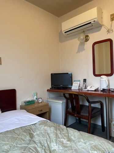 客室 シングルルーム